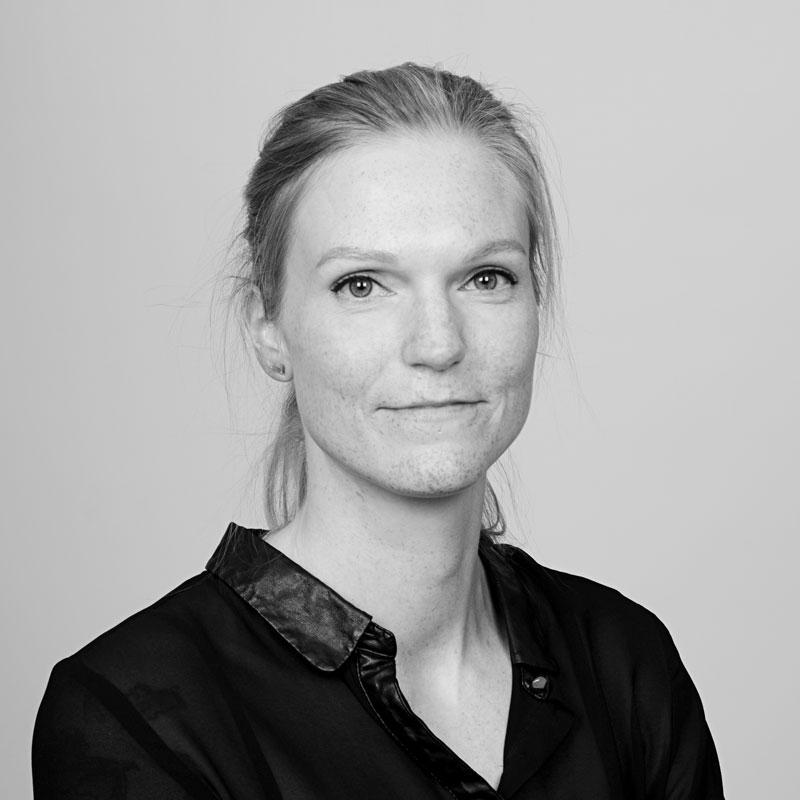 Elin S Tystad, Grafisk designer